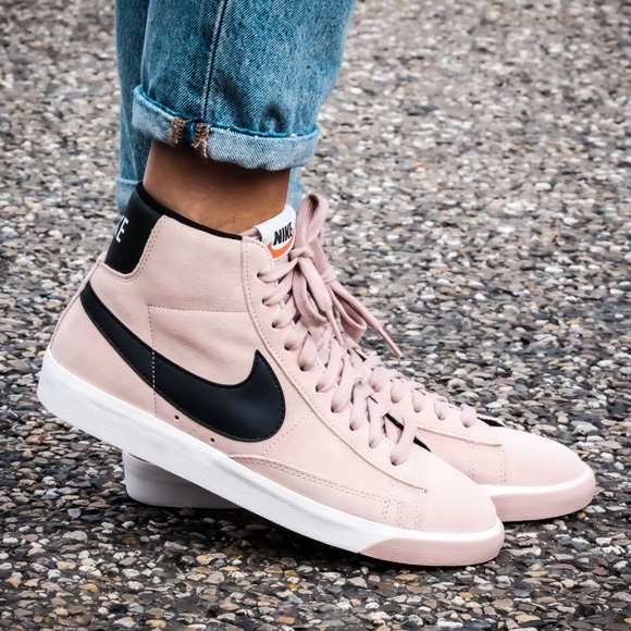 purchase cheap 370fc 2af36 Nike Blazer Mid Women s Vintage Pink Suede Hi Top.  M 5bc8cda6a31c33707d31f66f. Other Shoes ...
